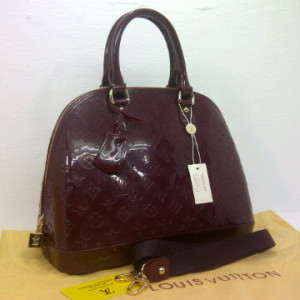 LV Alma Jelly SEMOR 1318(Red Coffee) ~ 33x15x25 idr@385rb