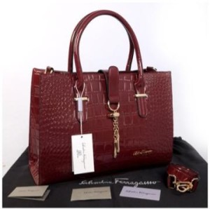 New Salvatore Ferragamo croco semprem 3307(Maroon) ~ 39x11x27 idr@400rb