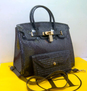 HB Jelly gliter SEMOR set(Black-D'Gray) ~ 30x15x23 idr@355rb(1)
