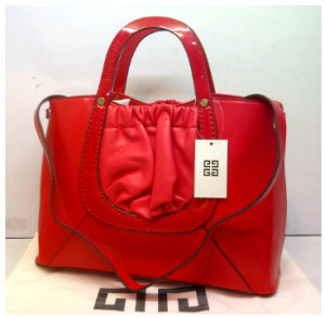 Super Givenchy Basic 8902(BightRed) ~ 38x15x27 idr@325rb