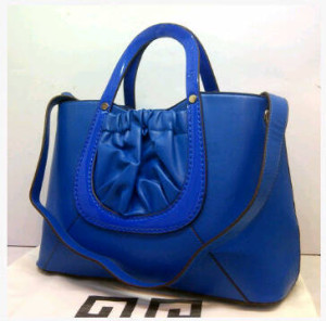 Super Givenchy Basic 8902(Blue) ~ 38x15x27 idr@325rb