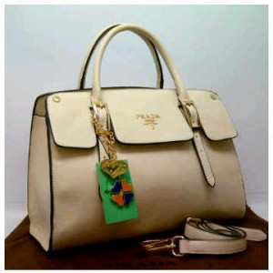 1390'White ~ 35x12x25 New super prada milano office classic