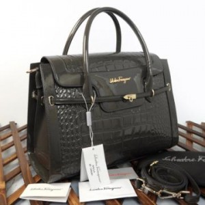993(Dark Grey) ~ 38x12x28 Salvatore Ferragamo croco embossed glossy kwalitas semprem