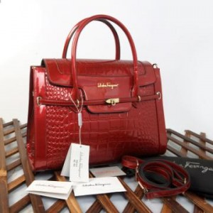 993(Red) ~ 38x12x28 Salvatore Ferragamo croco embossed glossy kwalitas semprem(1)