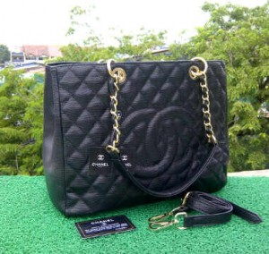 CH504(Black) ~ 33x13x25 Chanel Grand Shopping Tote caviar kwalitas super