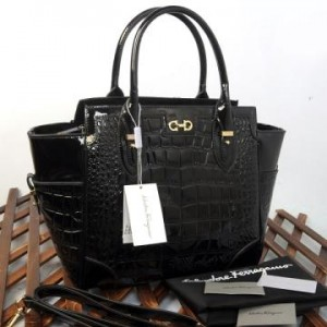 9438(Black) ~ 32x13x30 New Salvatore Ferragamo croco embossed glossy semprem