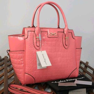 9438(L Pink) ~ 32x13x30 New Salvatore Ferragamo croco embossed glossy semprem