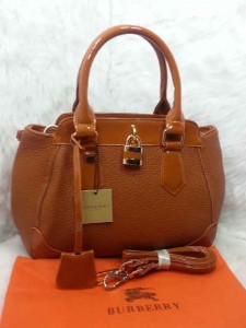 Uk 29x12x24 BURBERRY 01030 SEMI PREMIUM KULIT JERUK, COKLAT