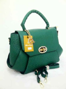 aigner mono super 631 uk 38x14x26 hijau