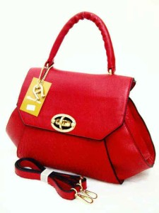 aigner mono super 631 uk 38x14x26 merah