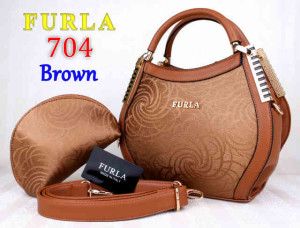 Bag Furla 704 kw super uk~31x13x21. Brown