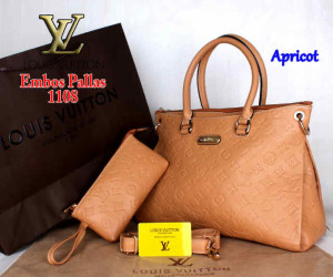 Bag Louis Vuitton Pallas 1108 Super uk~33x14x23. ~Apricot