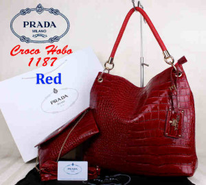 Bag Prada Croco Hobo 1187 Super uk~38x13x35. ~Red