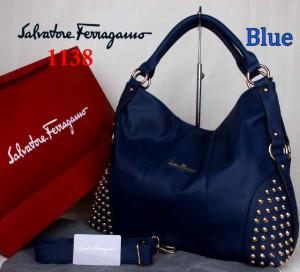 Bag Salvatore Ferragamo 1138 uk~42x15x34. Blue