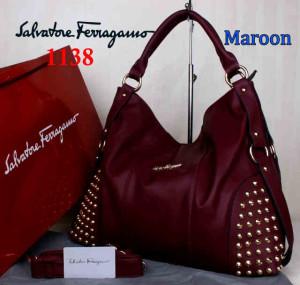 Bag Salvatore Ferragamo 1138 uk~42x15x34. Maroon