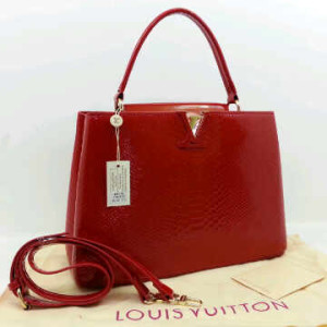 Idr 315rb@48872(Bright Red) ~ 35x13x23 Louis vuitton capucin snake glossy embossed kwalitas super inside suede