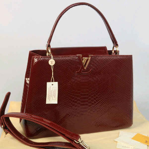 Idr 315rb@48872(Coffee) ~ 35x13x23 Louis vuitton capucin snake glossy embossed kwalitas super inside suede