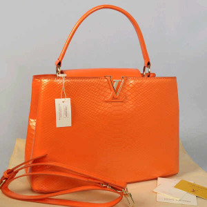 Idr 315rb@48872(Orange) ~ 35x13x23 Louis vuitton capucin snake glossy embossed kwalitas super inside suede