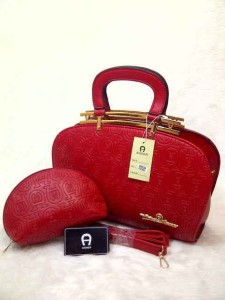 aigner arxandra set semprem uk 32x11x22 merah
