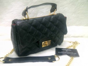 chanel classic mini 8334 @250rb uk~20x8x14cm bahan sintetis wrn black